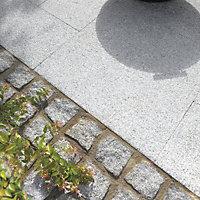Natural Granite Grey Block paving (L)200mm (W)134mm, Pack of 366