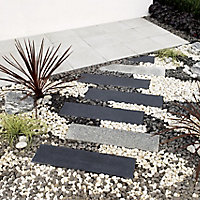 Paving slab of