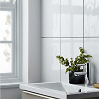 Perouso White Gloss Flat Glossy Tile Ceramic Wall Tile, Pack of 6, (L)600mm (W)300mm