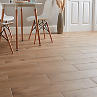 Pine wood Natural Matt Wood effect Porcelain Floor tile, Pack of 8, (L)800mm (W)200mm