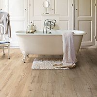 Quick-step Aquanto Classic Beige Oak effect Laminate Flooring, 1.84m² Pack