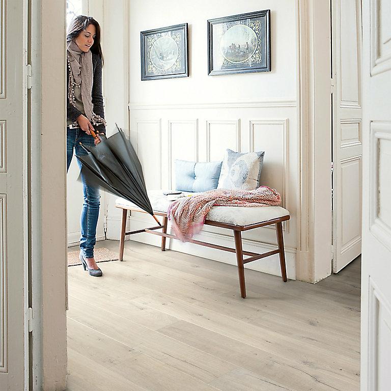 Quick Step Aquanto Light Grey Oak, Light Grey Oak Effect Laminate Flooring