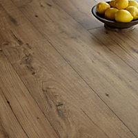 Quick-step Espressivo Natural Chestnut effect Laminate flooring, 1.83m² Pack
