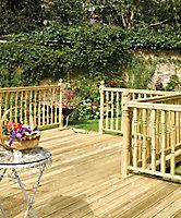 Richard Burbidge Redwood Colonial Deck post (H)1.2m (W)82mm (T)82mm