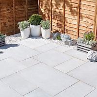Sawn natural sandstone Silver grey Paving set 15.3m²