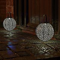 Solar Bronze effect Damasque Solar-powered LED Outdoor Lantern