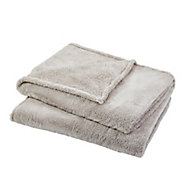 Takeo Beige Plain Fleece Throw