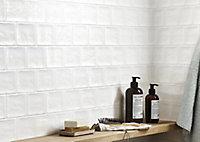 Vernisse White Gloss Ceramic Wall Tile, Pack of 84, (L)100mm (W)100mm