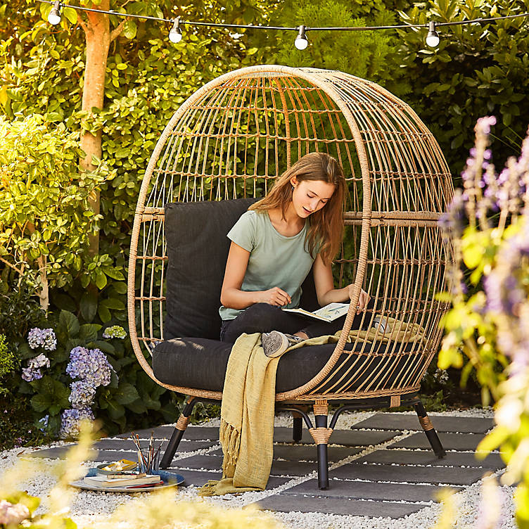 5 Inspiring Ideas For A Relaxing Outdoor Space Ideas Advice Diy At B Q
