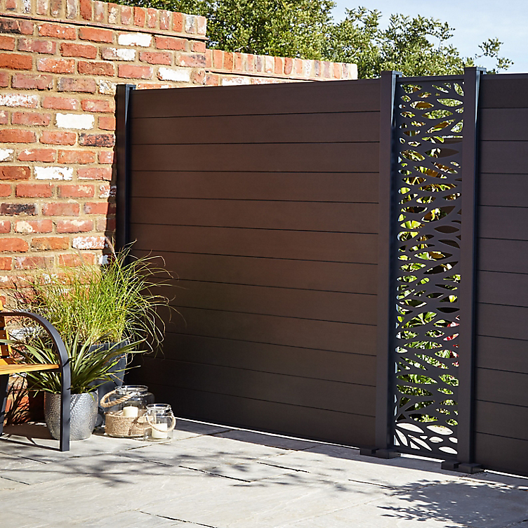 how to put a fence up, neva fencing from B&Q