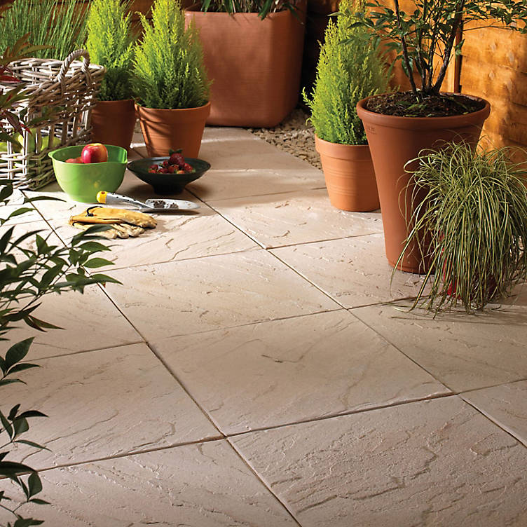 patio gardens ideas, paving B&Q