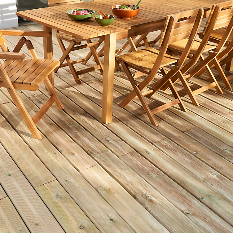 How To Paint Stain Or Oil Your Decking