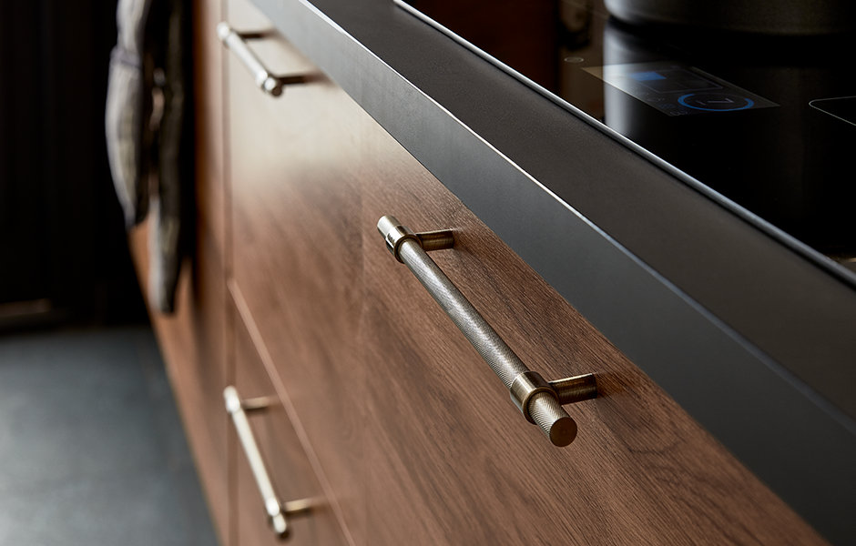 thumbnail: GoodHome Fitted Kitchen Chia Dark Wood
